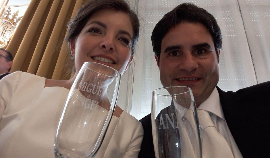 La boda de Miguel Ángel  y Ana en Pamplona, Navarra