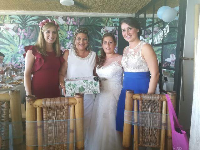 La boda de Irene  nevado y Maria muñoz en Benalmadena Costa, Málaga 15