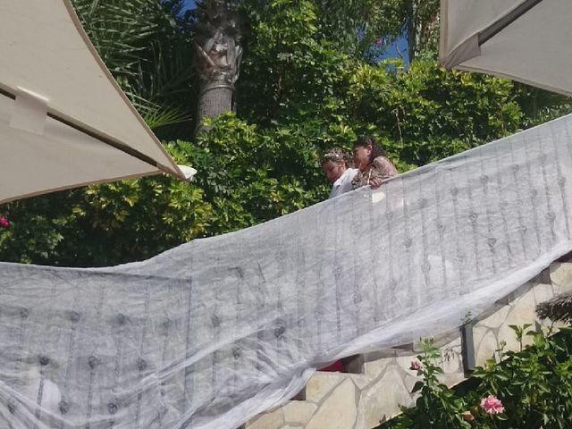 La boda de Irene  nevado y Maria muñoz en Benalmadena Costa, Málaga 24