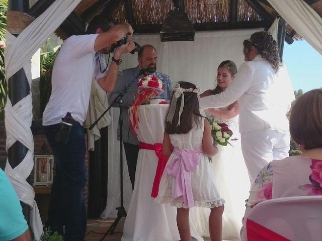 La boda de Irene  nevado y Maria muñoz en Benalmadena Costa, Málaga 26