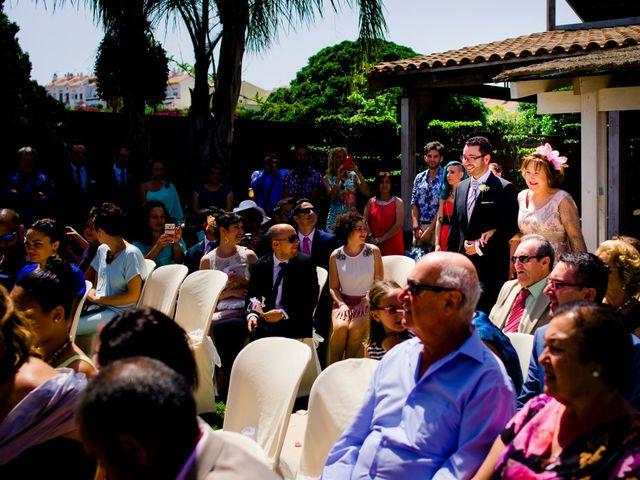 La boda de Juan y Ana  en Málaga, Málaga 13