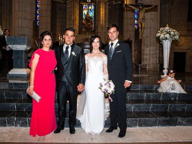 La boda de Josu y María en Vitoria-gasteiz, Álava 24