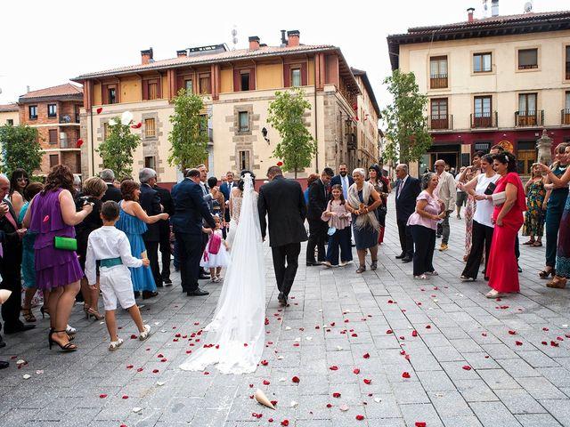 La boda de Josu y María en Vitoria-gasteiz, Álava 26
