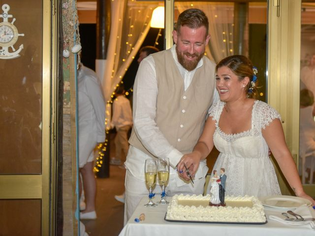 La boda de Pedro y Rocío en Marbella, Málaga 42