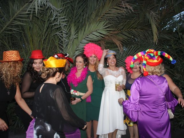 La boda de Harry y Victoria en Sant Vicent Del Raspeig/san Vicente Del, Alicante 1