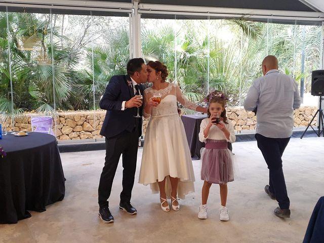 La boda de Harry y Victoria en Sant Vicent Del Raspeig/san Vicente Del, Alicante 12