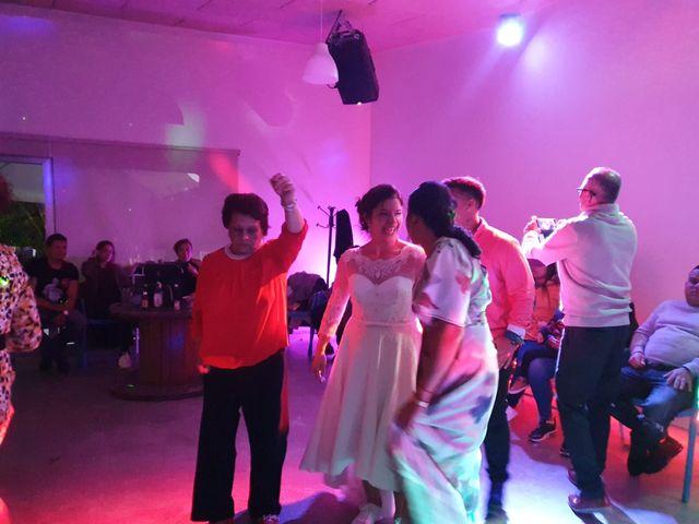 La boda de Harry y Victoria en Sant Vicent Del Raspeig/san Vicente Del, Alicante 14