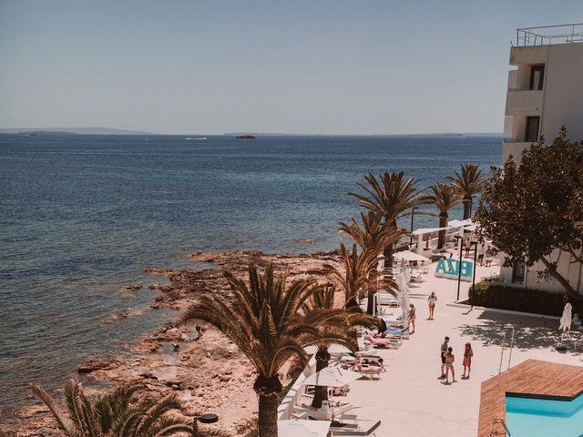 La boda de Christelle y Erol en Cala De San Vicente Ibiza, Islas Baleares 21