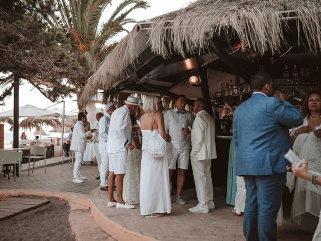 La boda de Christelle y Erol en Cala De San Vicente Ibiza, Islas Baleares 199