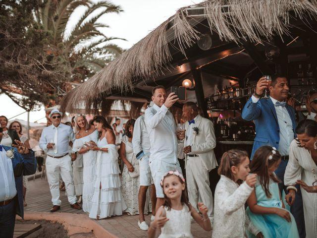 La boda de Christelle y Erol en Cala De San Vicente Ibiza, Islas Baleares 203