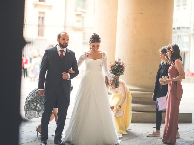La boda de Sergio y Victoria en Pamplona, Navarra 12