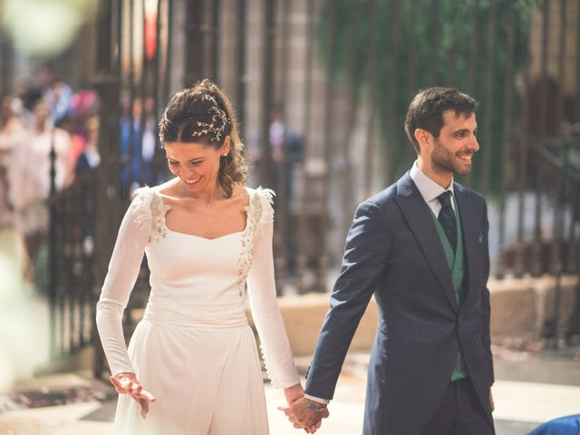 La boda de Sergio y Victoria en Pamplona, Navarra 17