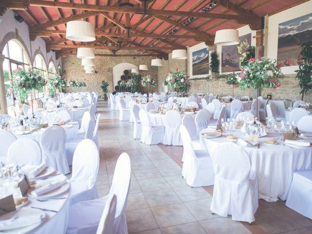 La boda de Sergio y Victoria en Pamplona, Navarra 34