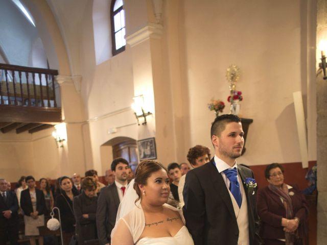 La boda de Jesús Ramón y Elizabeth en San Sebastian De Morcin, Asturias 15