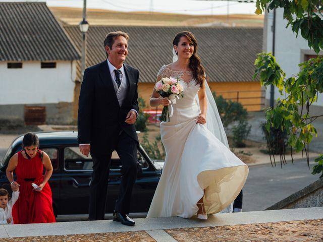 La boda de Pablo y Rocio en Medina De Rioseco, Valladolid 32