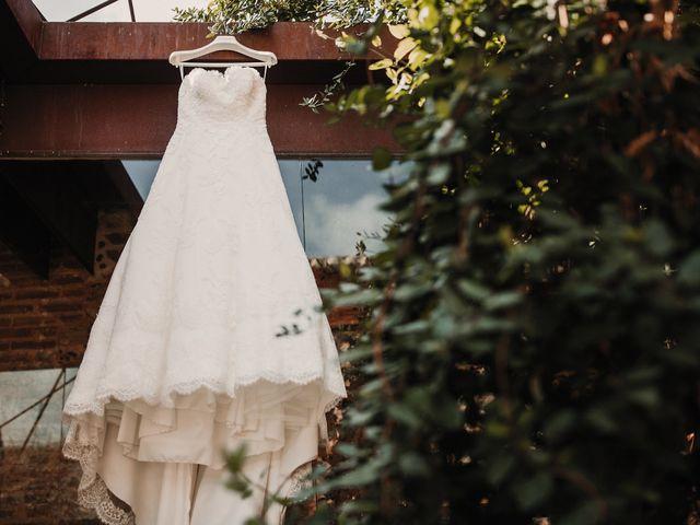 La boda de Carlos y Noelia en Ballesteros De Calatrava, Ciudad Real 13