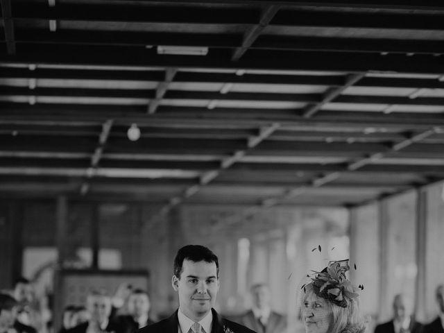 La boda de Carlos y Noelia en Ballesteros De Calatrava, Ciudad Real 33