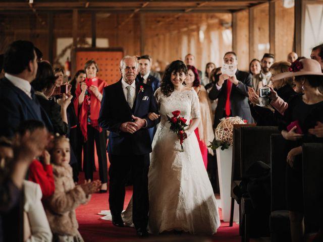 La boda de Carlos y Noelia en Ballesteros De Calatrava, Ciudad Real 34