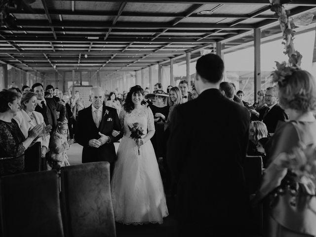 La boda de Carlos y Noelia en Ballesteros De Calatrava, Ciudad Real 35
