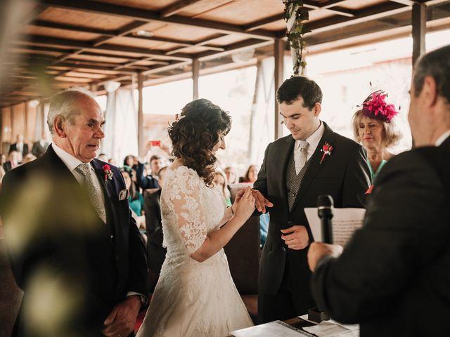 La boda de Carlos y Noelia en Ballesteros De Calatrava, Ciudad Real 44