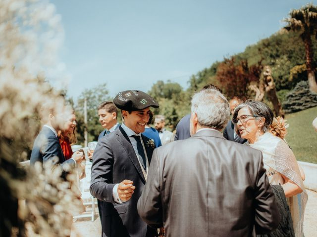 La boda de Urko y Bea en Donostia-San Sebastián, Guipúzcoa 32