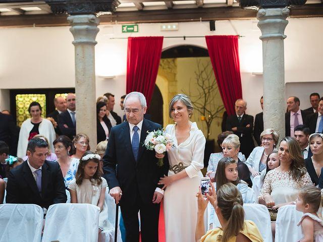 La boda de Jose y Angélica en Oviedo, Asturias 20