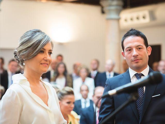 La boda de Jose y Angélica en Oviedo, Asturias 22
