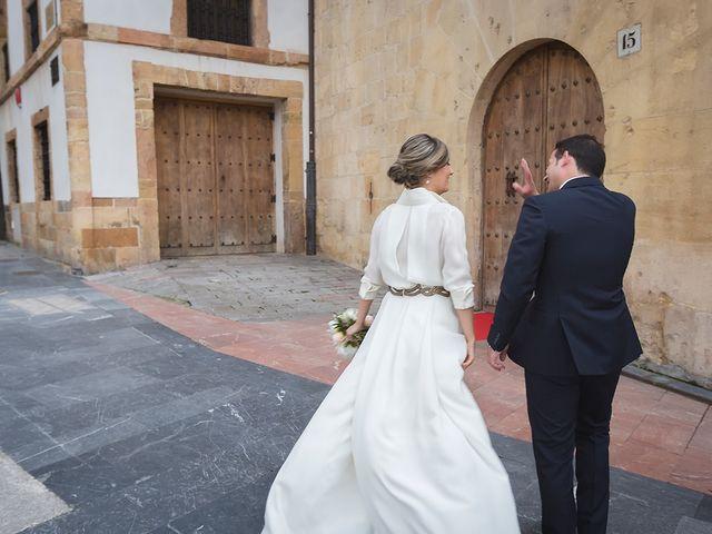 La boda de Jose y Angélica en Oviedo, Asturias 32