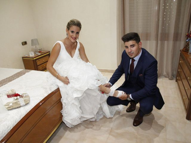 La boda de Juan Carlos y Noemí en Elx/elche, Alicante 2