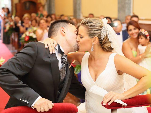La boda de Juan Carlos y Noemí en Elx/elche, Alicante 13