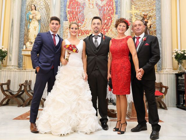 La boda de Juan Carlos y Noemí en Elx/elche, Alicante 16