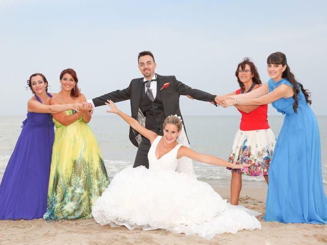 La boda de Juan Carlos y Noemí en Elx/elche, Alicante 97