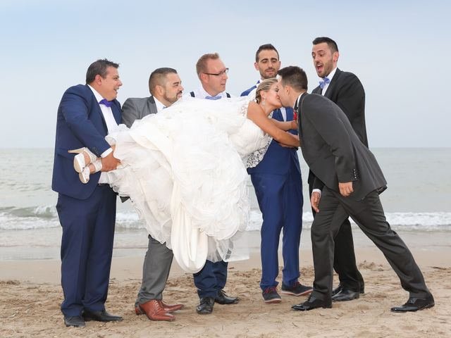 La boda de Juan Carlos y Noemí en Elx/elche, Alicante 98