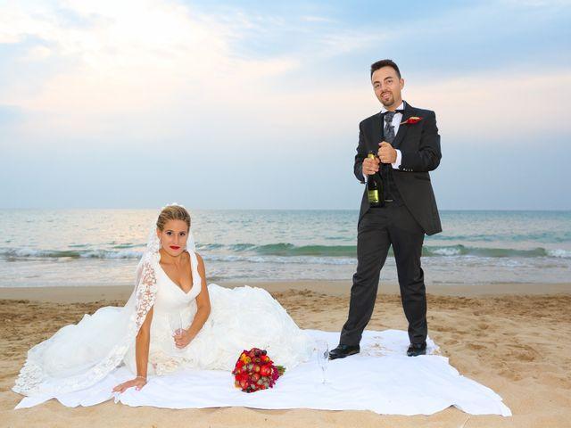 La boda de Juan Carlos y Noemí en Elx/elche, Alicante 100