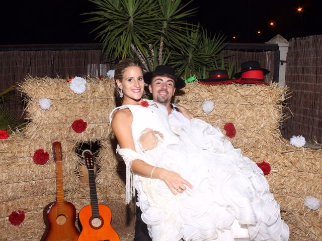 La boda de Juan Carlos y Noemí en Elx/elche, Alicante 130