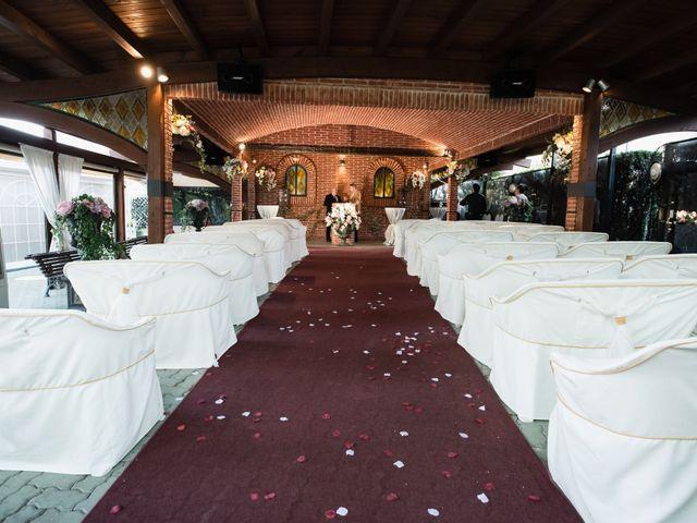 La boda de Carlos y Silvia en Alcalá De Henares, Madrid 34