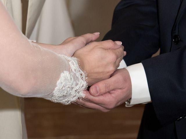 La boda de Juan Carlos y Beatriz en Villalbilla, Madrid 12