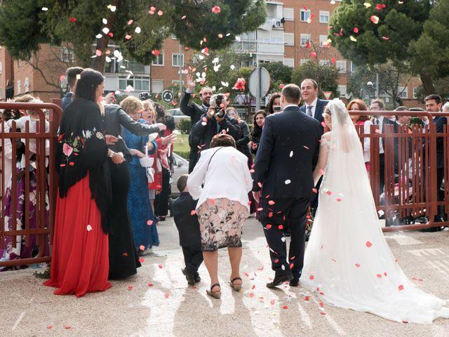 La boda de Juan Carlos y Beatriz en Villalbilla, Madrid 14