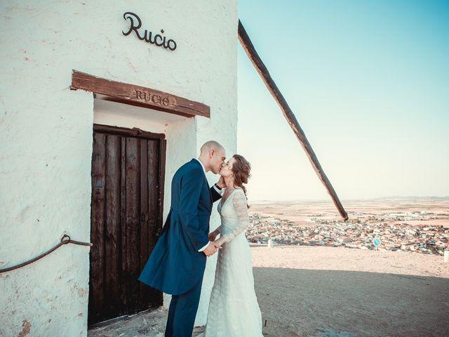 La boda de Stuart y Eva en Consuegra, Toledo 25