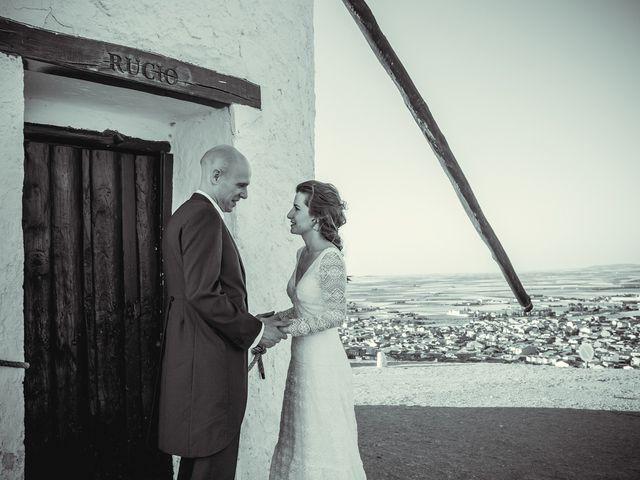 La boda de Stuart y Eva en Consuegra, Toledo 26