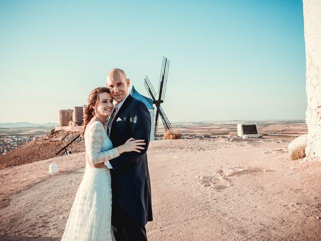 La boda de Stuart y Eva en Consuegra, Toledo 33