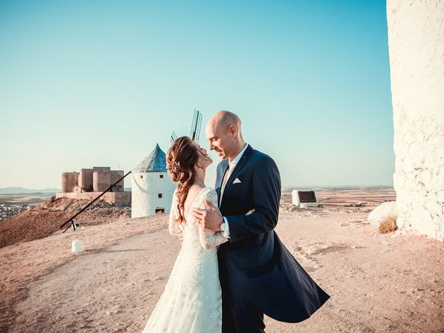 La boda de Stuart y Eva en Consuegra, Toledo 34