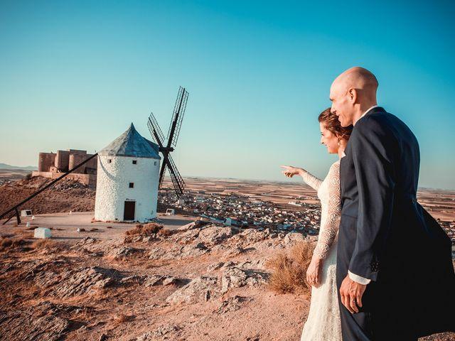 La boda de Stuart y Eva en Consuegra, Toledo 35