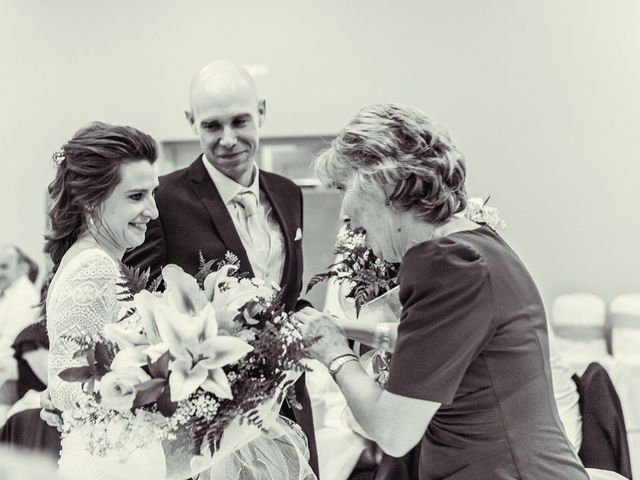 La boda de Stuart y Eva en Consuegra, Toledo 51