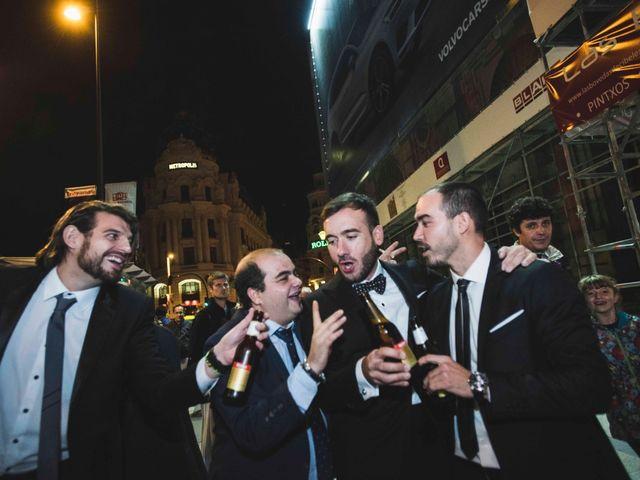 La boda de Ricardo y Carla en Madrid, Madrid 17