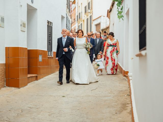La boda de Daniel y Veronica en Herrera Del Duque, Badajoz 28
