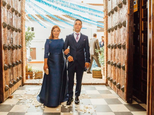 La boda de Daniel y Veronica en Herrera Del Duque, Badajoz 30