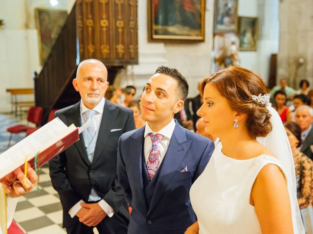 La boda de Daniel y Veronica en Herrera Del Duque, Badajoz 35
