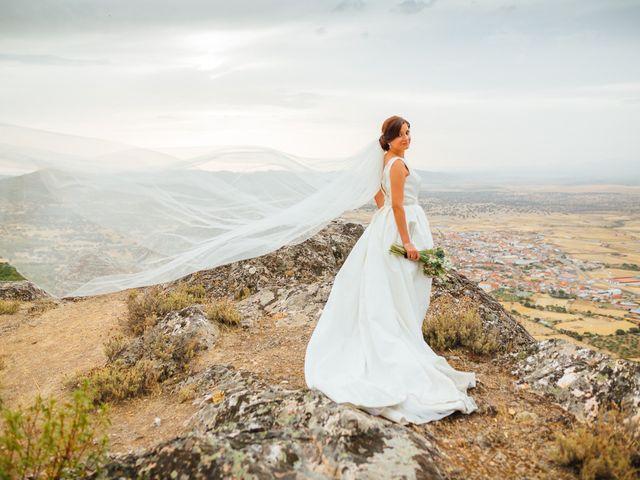 La boda de Daniel y Veronica en Herrera Del Duque, Badajoz 53