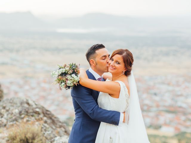 La boda de Daniel y Veronica en Herrera Del Duque, Badajoz 56